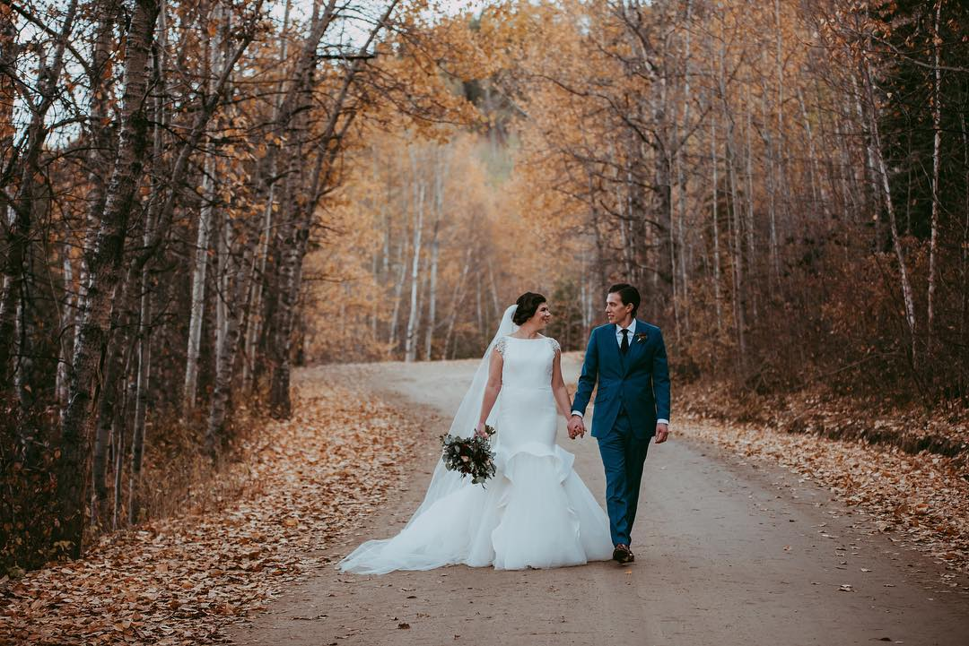 Autumn Wedding at Canyon Ski Hill